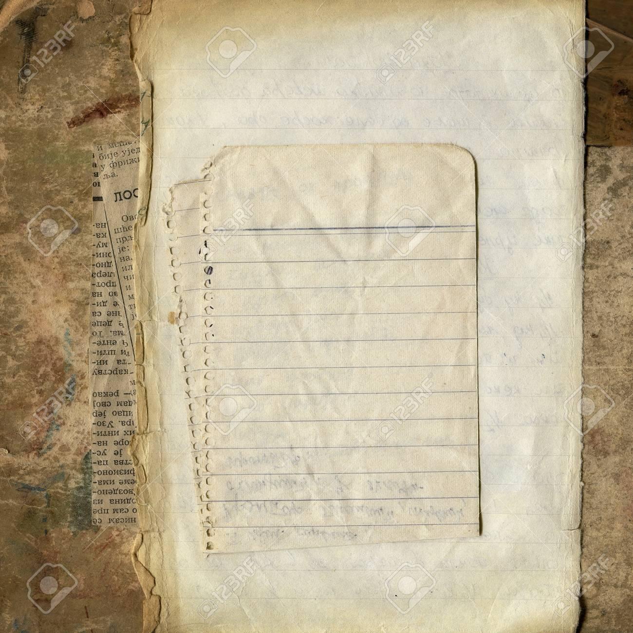 Verschiedene Leere Papiere Auf Grunge Pappe, Vintage Rahmen Für Ihre ...