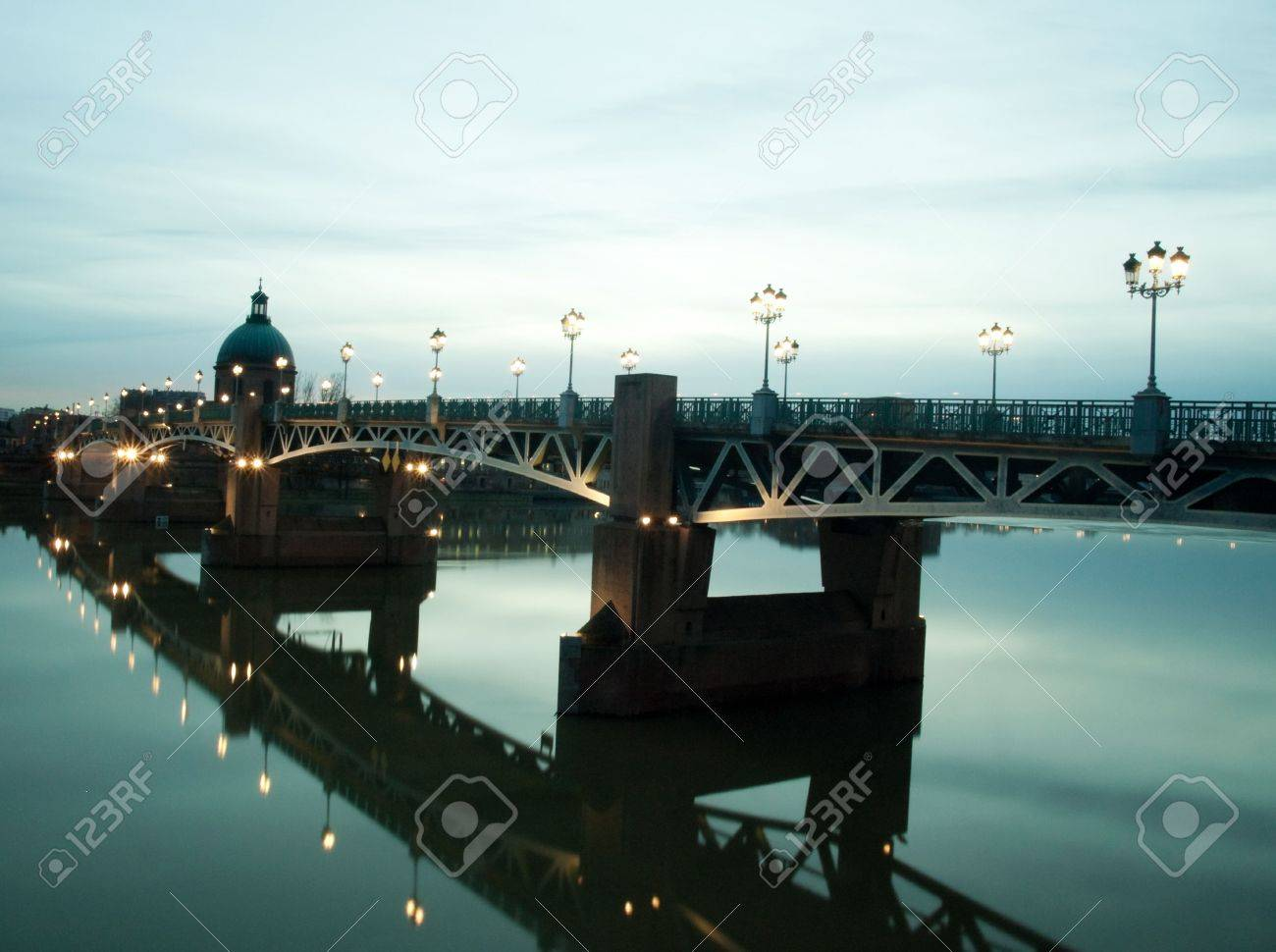 Pont Saint Pierre bridge over the garonne in the city of Toulouse in France at dusk Stock Photo - 6292571