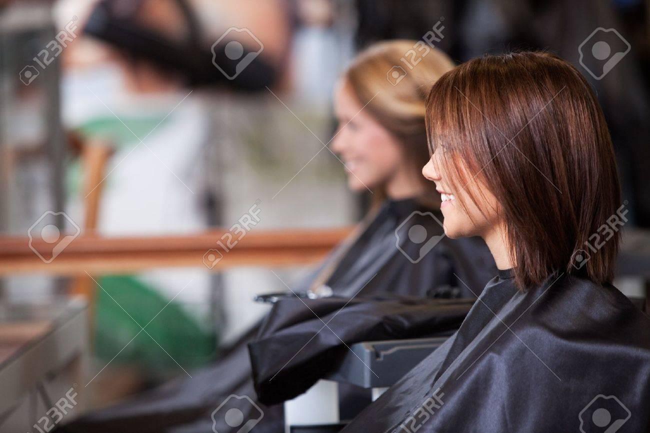Women sitting in beauty salon Stock Photo - 14350907