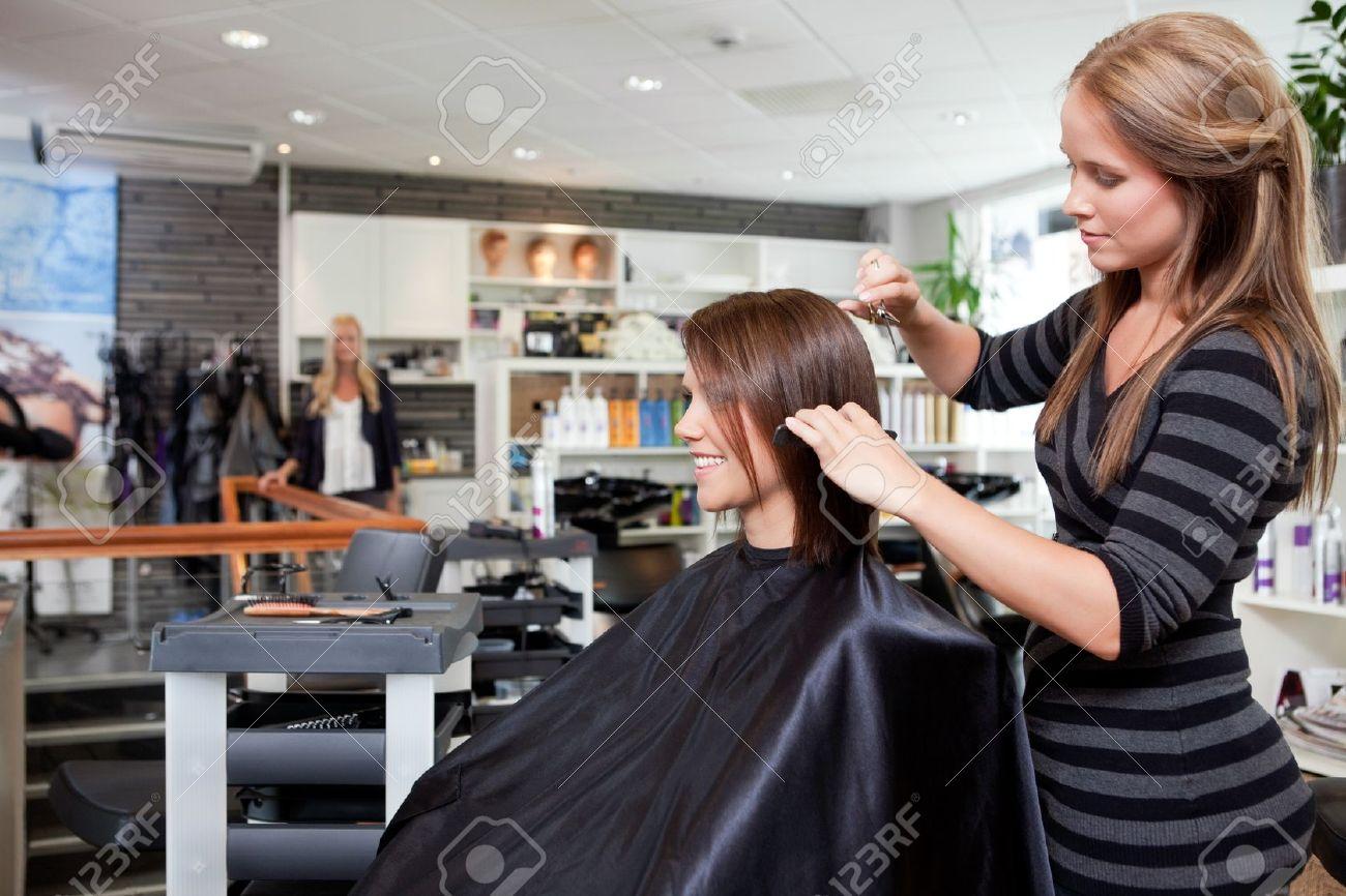 Salon de corte de pelo near me