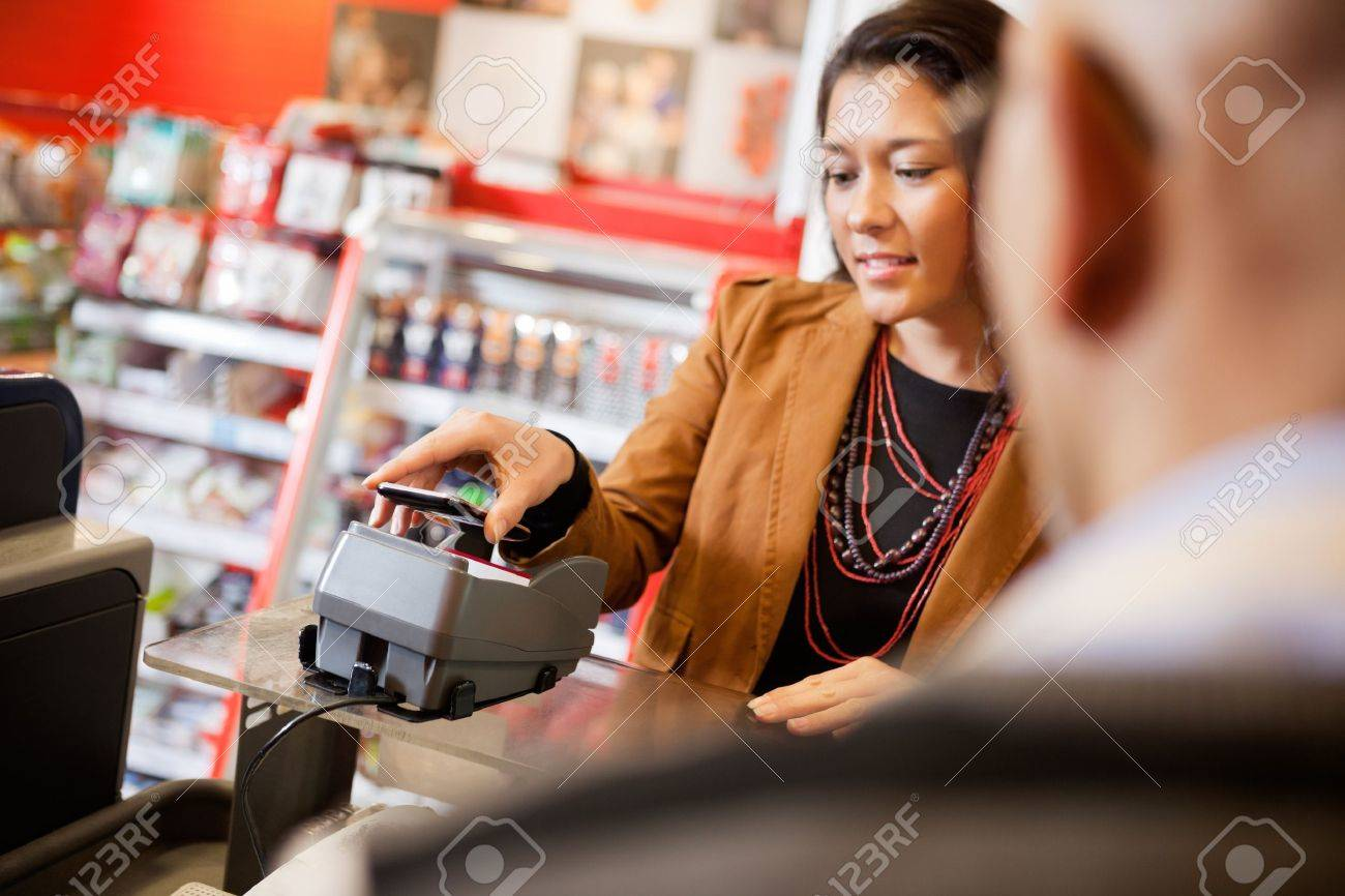 Mobile Phone Payment Using NFC Stock Photo - 16672706