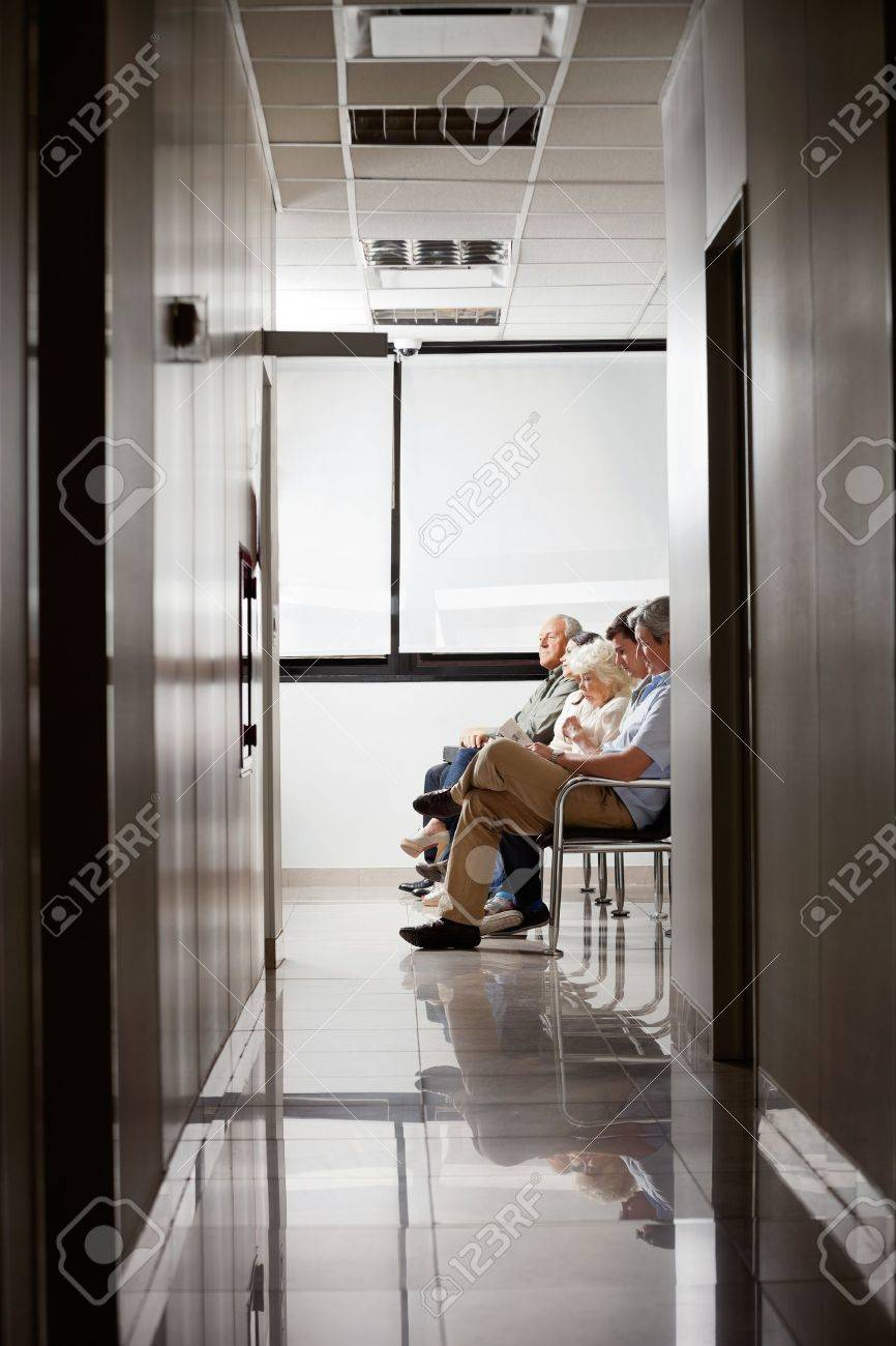 People In Hospital s Waiting Area Stock Photo - 17238675