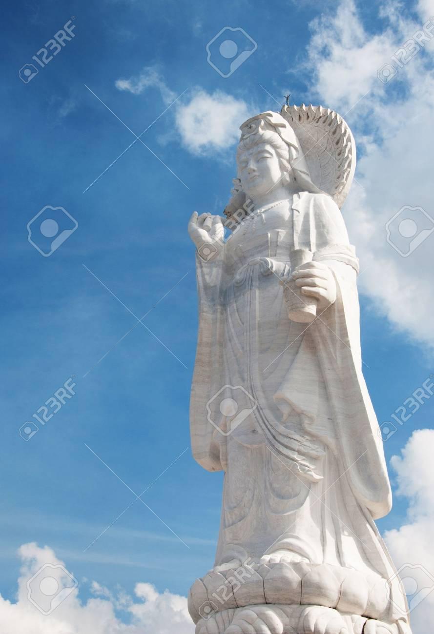 Guanyin statue Stock Photo - 12676406