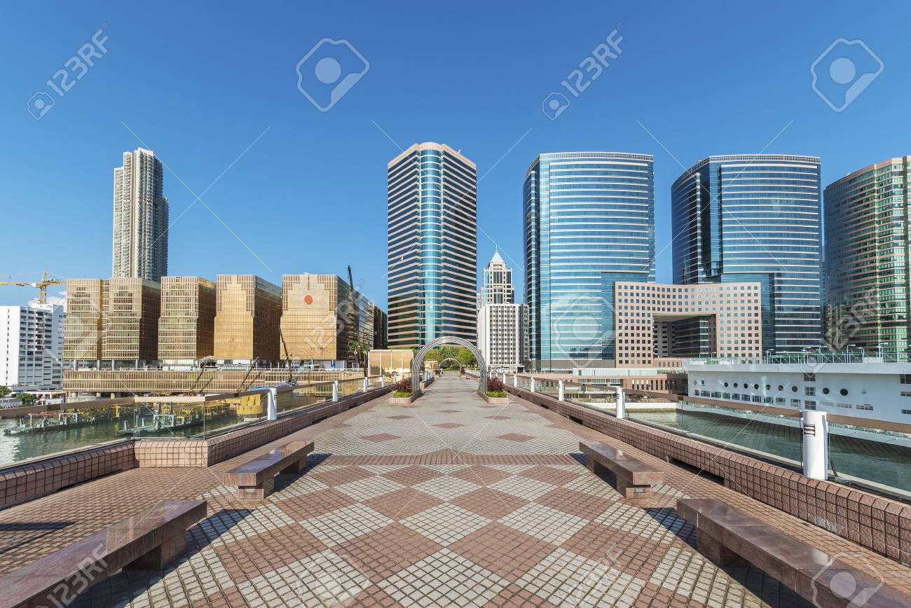 modern square with skyline and cityscape background - 91596473