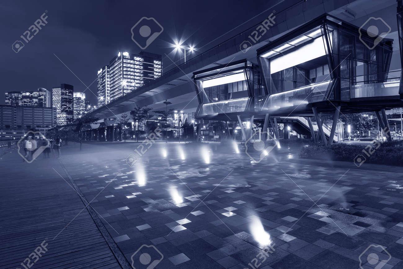 Seaside Promenade in Hong Kong city at night - 171283512