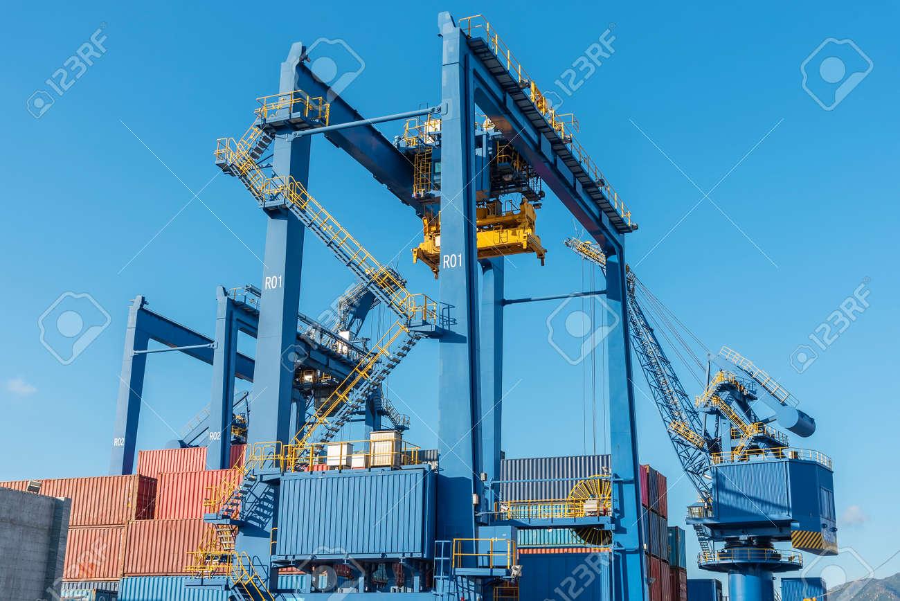 Crate in cargo port in Hong Kong - 171577401