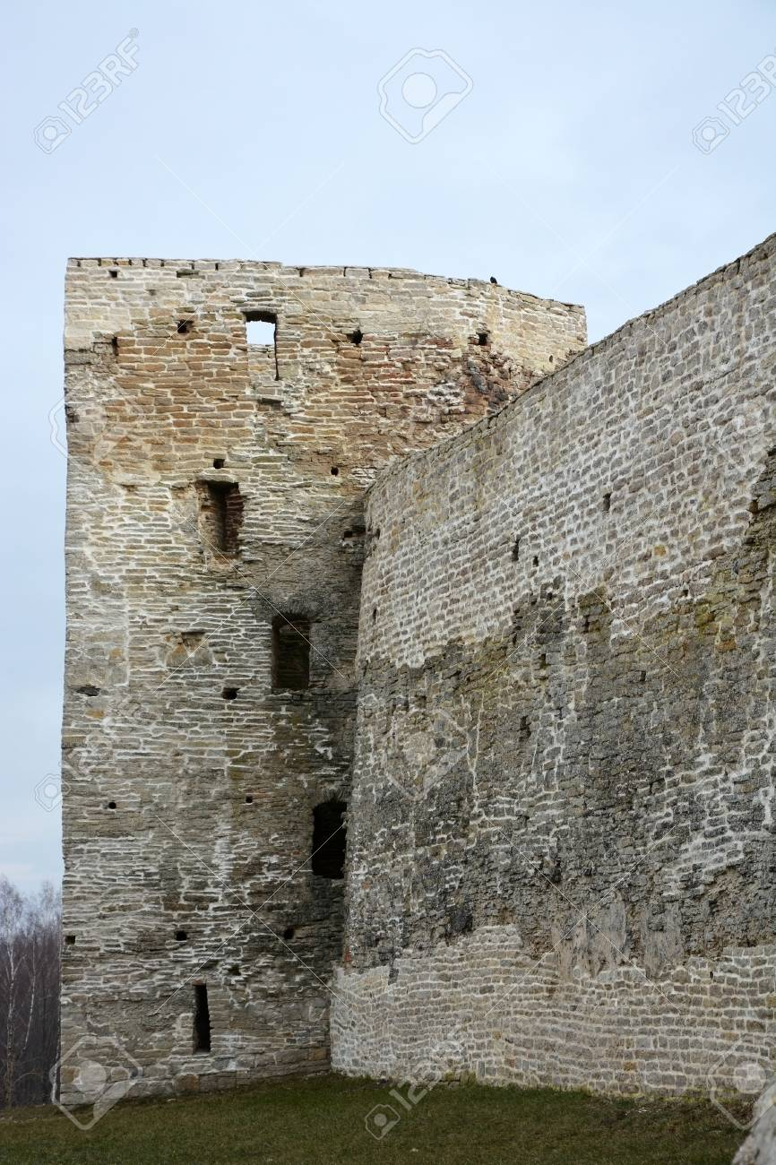 Izborsk fortress, Pskov region: photo and description, history of sights, how to get 46
