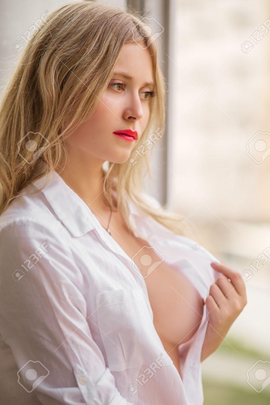 Nackt perfekte brüste Perfekte Titten