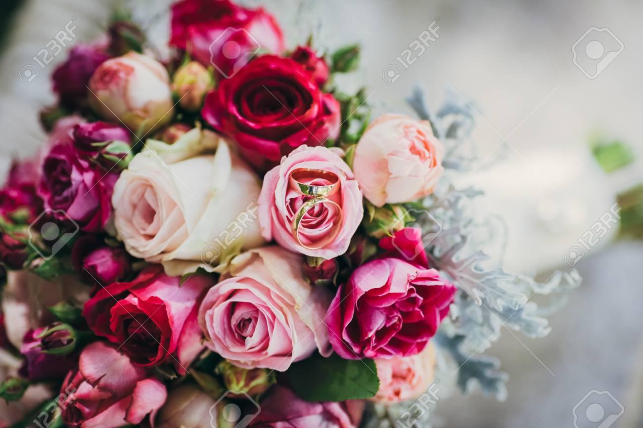 Blumen Hochzeit Braut Brautigam Dekoration Lizenzfreie Fotos Bilder
