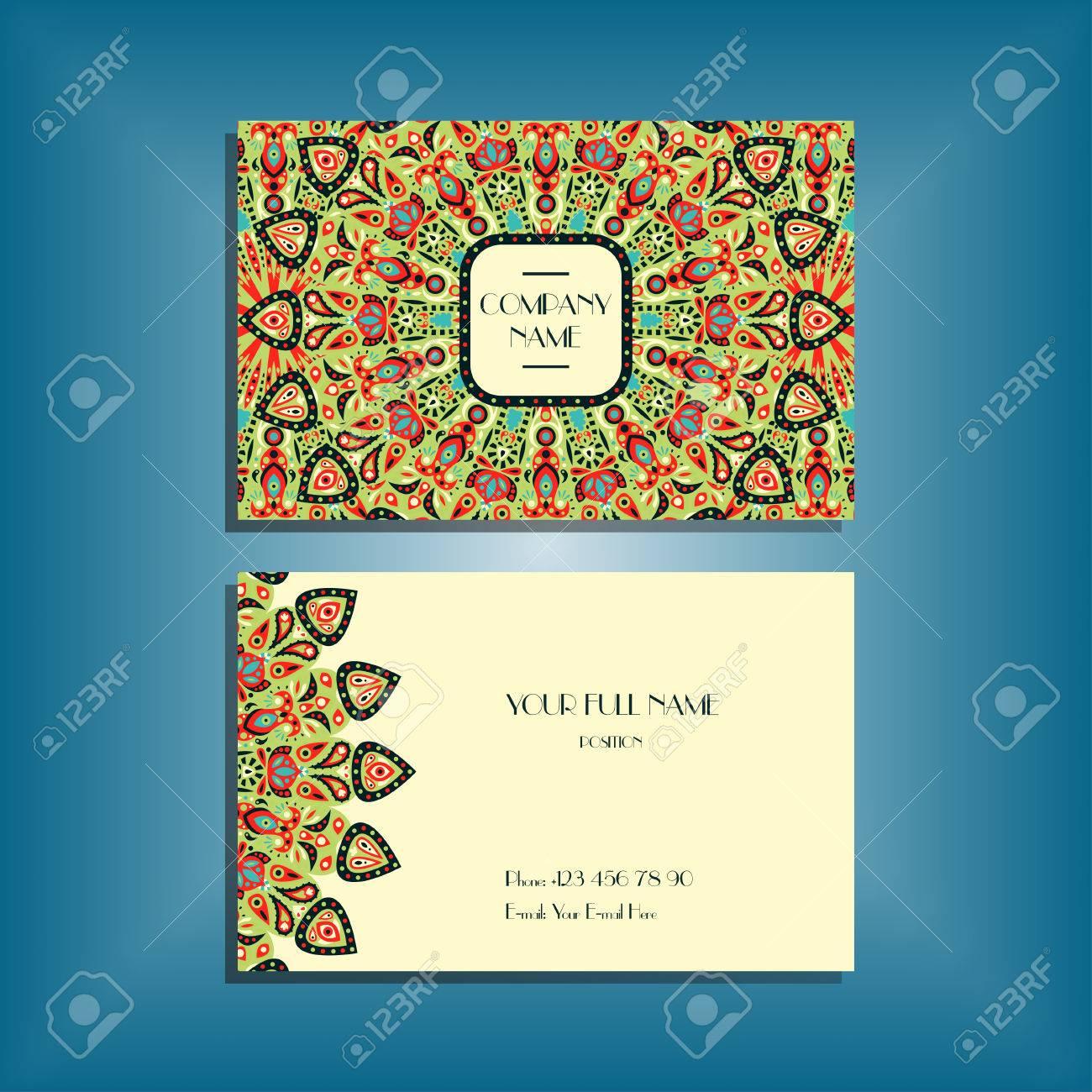 Maquette De Carte Visite Oriental Avec Motif Mandala Rond Rouge Et Vert Ornement Modele Mise En Page Conception Florale