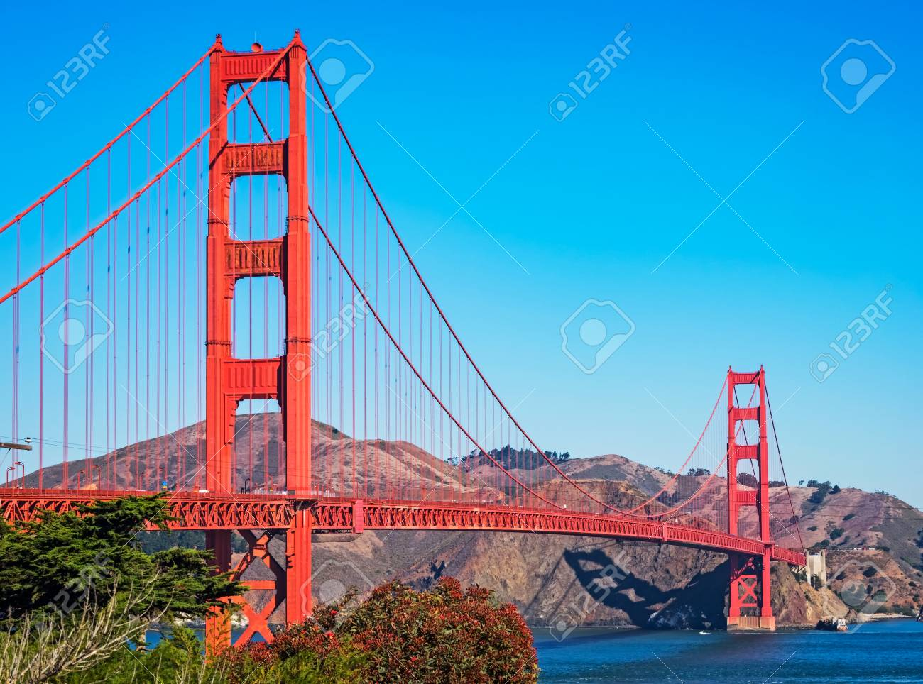 golden gate bridge, San Francisco, California, USA - 105047636