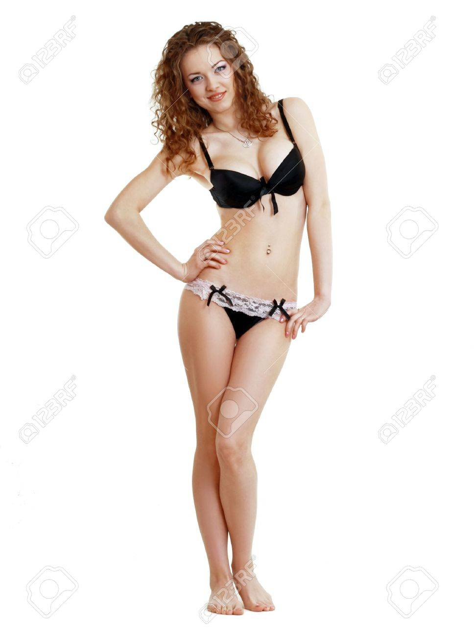 Bella Bends Nude Photos 32