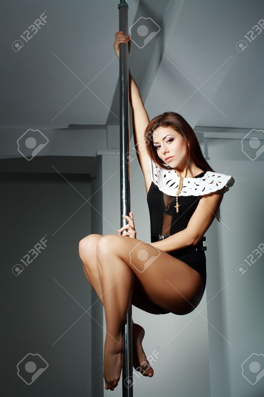 Hot sexy pole dancers foto 758