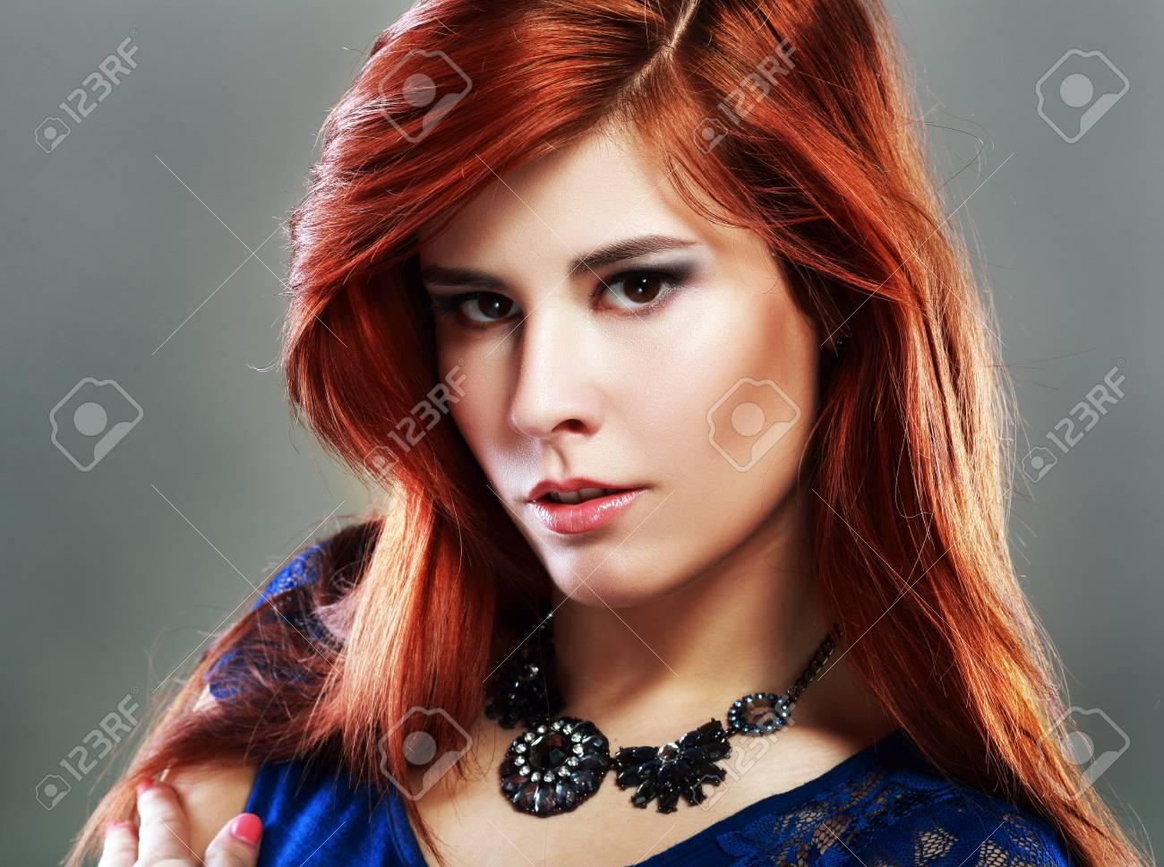Braune rote augen und haare Typberatung Damen