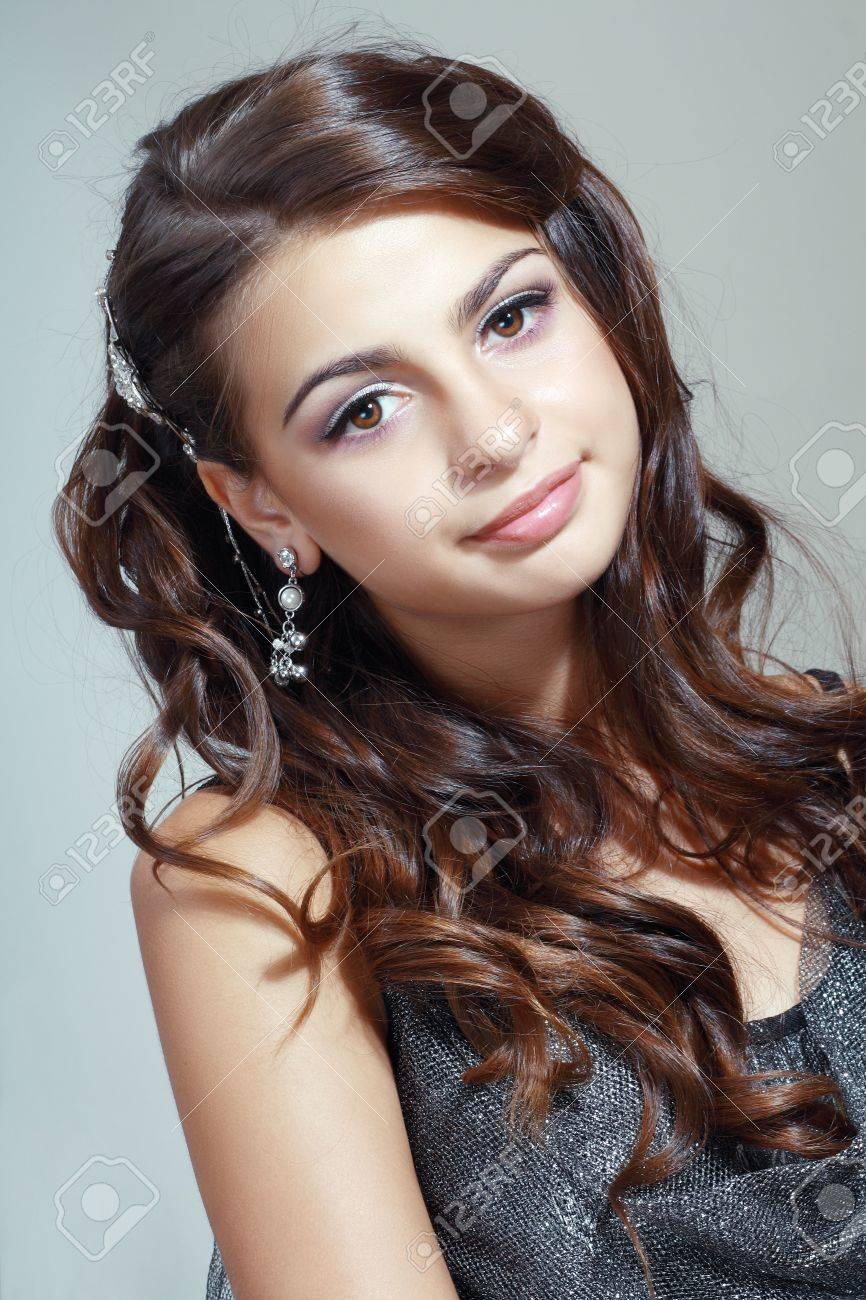 Teen model brown hair