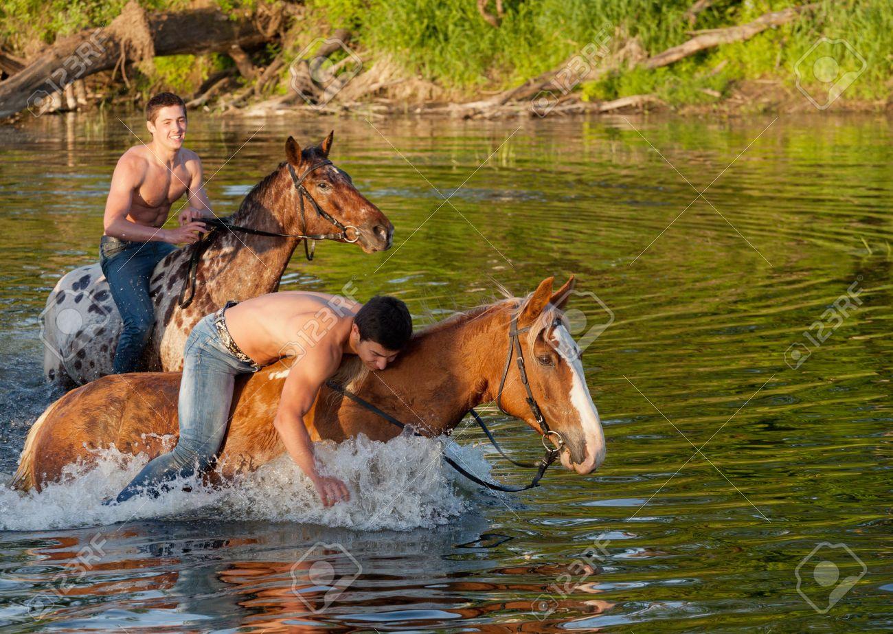 К чему снится мужчина на коне