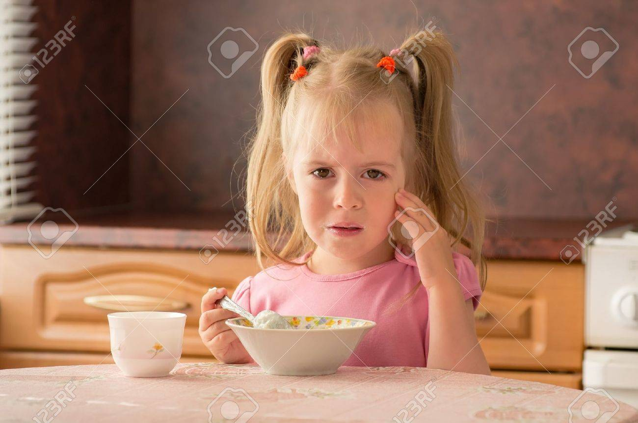 child years did not want to eat breakfast lack of appetite child 3 5 years did not want to eat breakfast lack of appetite stock photo