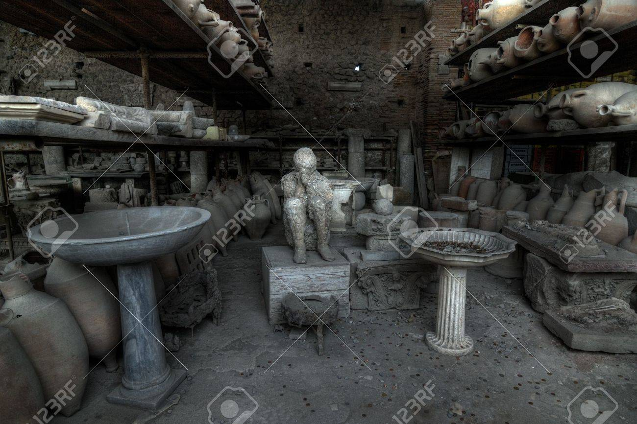excavations of pompeii Stock Photo - 10445437