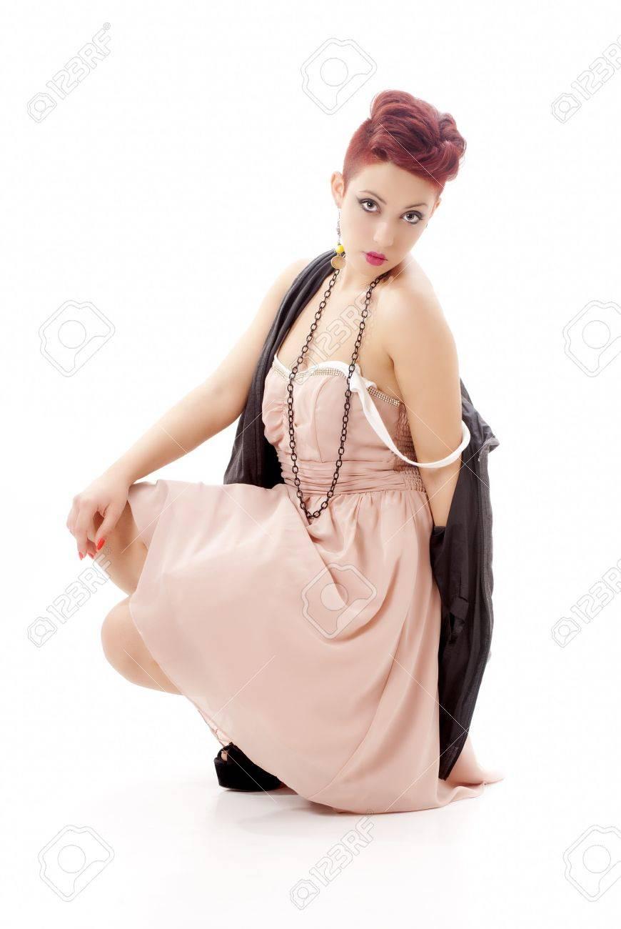 Rote haare pinkes kleid