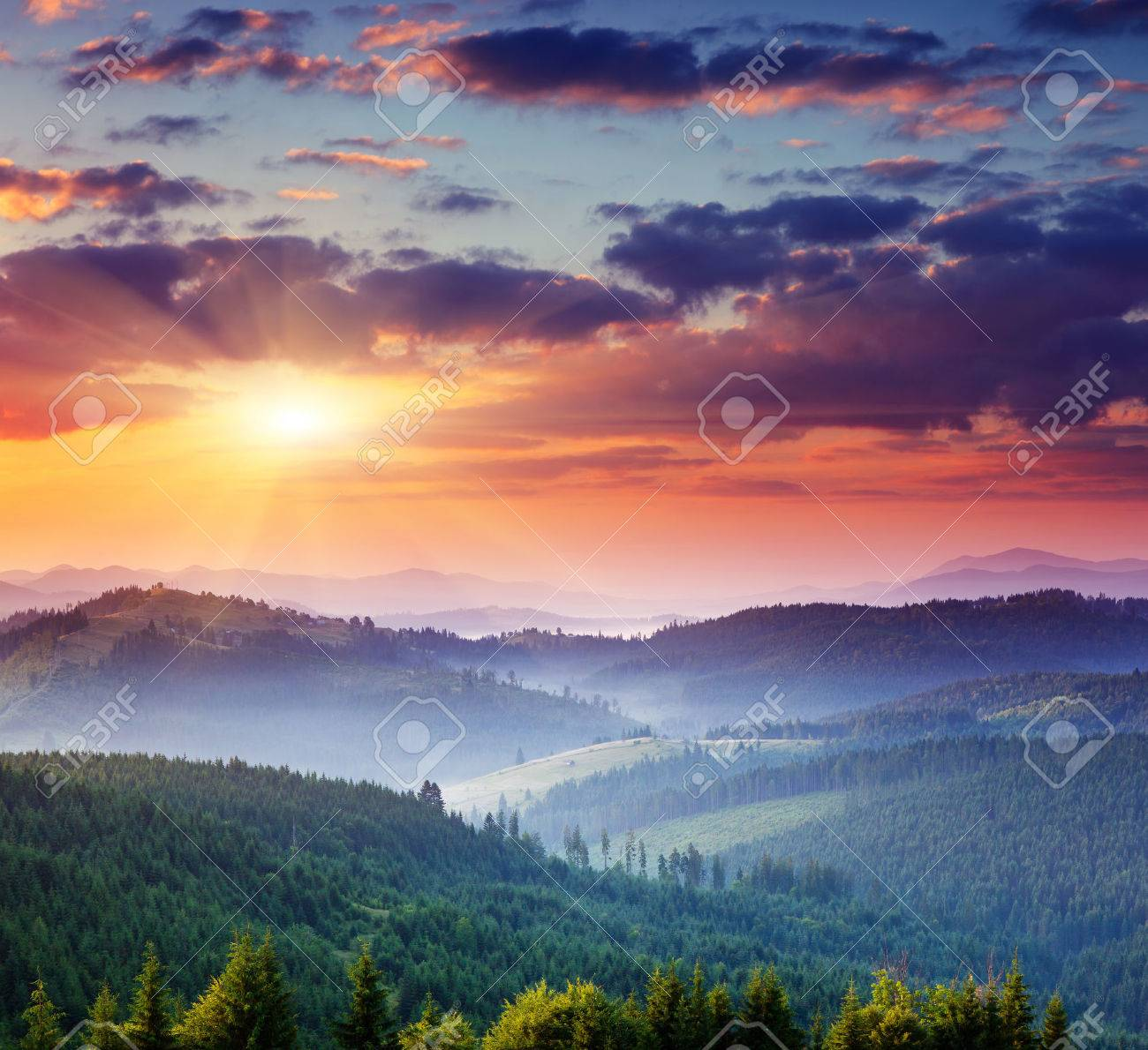 Majestic sunset in the mountains landscape.Carpathian, Ukraine. Stock Photo - 30262051