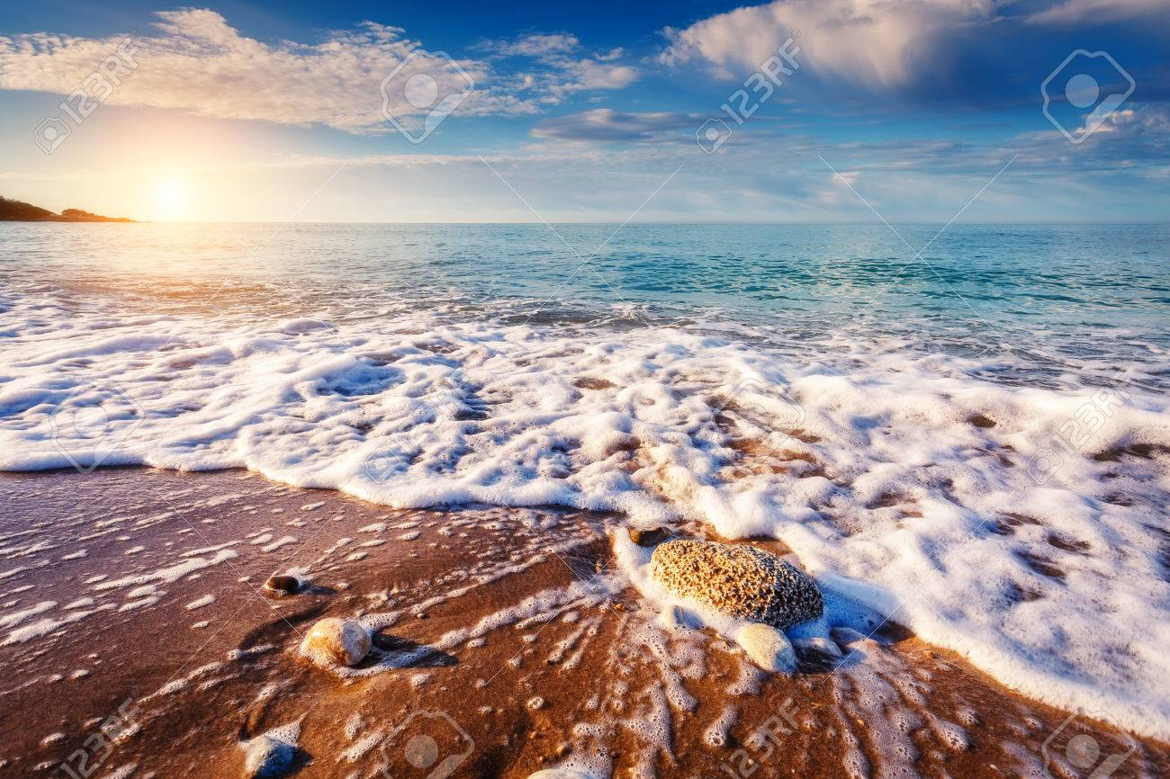 Fantastic view azure sea glowing by sunlight. Dramatic morning scene. Location Makauda, Sciacca. Sicilia, southern Italy. Beauty world. - 47565792