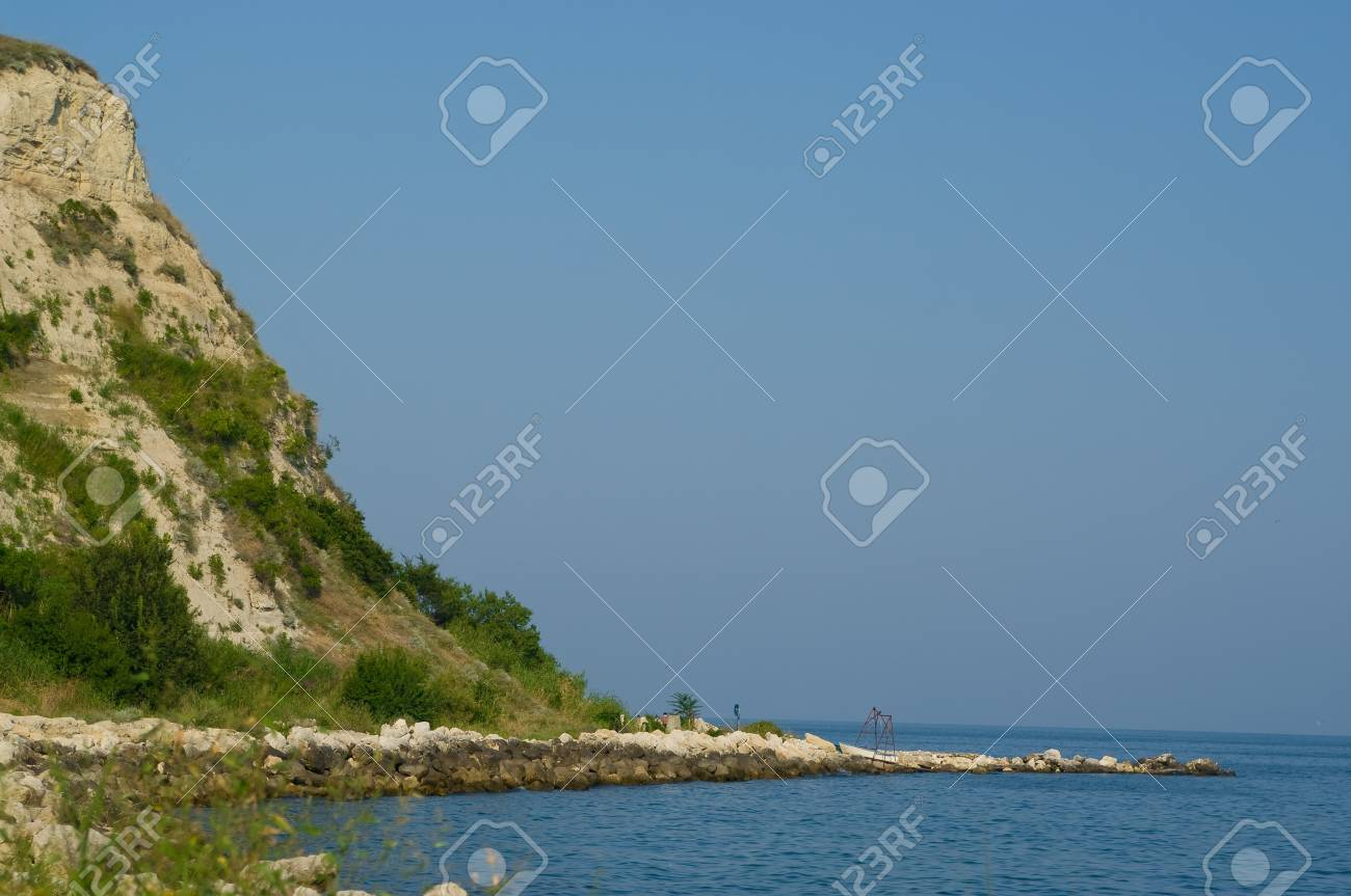 Landscape of a mountain and seashore. Bulgaria. Stock Photo - 8547113