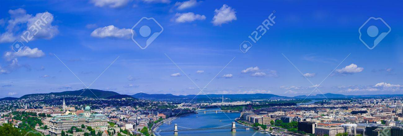Budapest panorama with Danube river from Gelert hill Stock Photo - 10587322