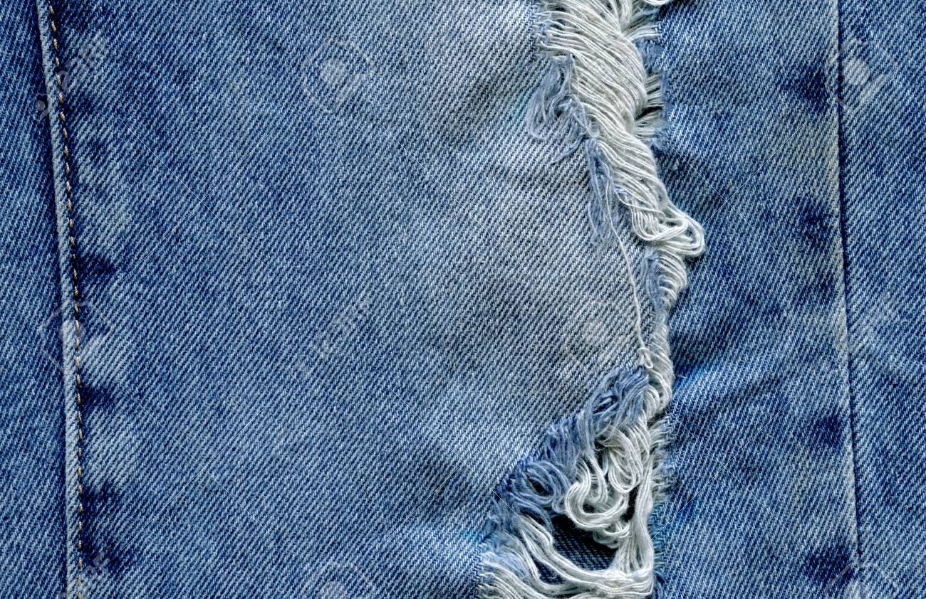 Jeans De Mezclilla Con Viejos Rotos Jeans Rasgado Textura Del Dril De Algodon Pantalones Vaqueros Rasgados Rasgados Destruidos Fotos Retratos Imagenes Y Fotografia De Archivo Libres De Derecho Image 89115953