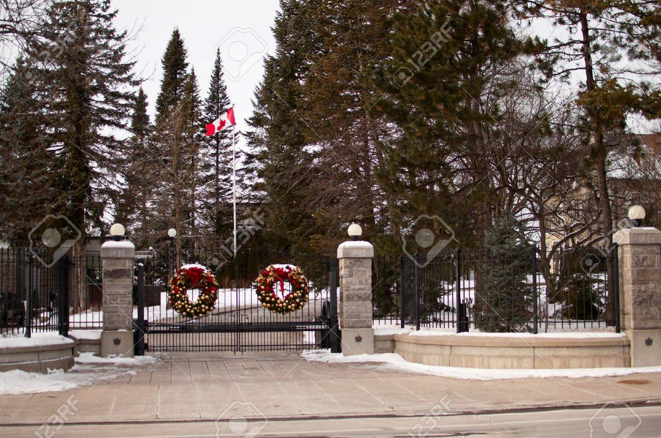 24 Sussex Drive Entrance in Ottawa Stock Photo - 17335070