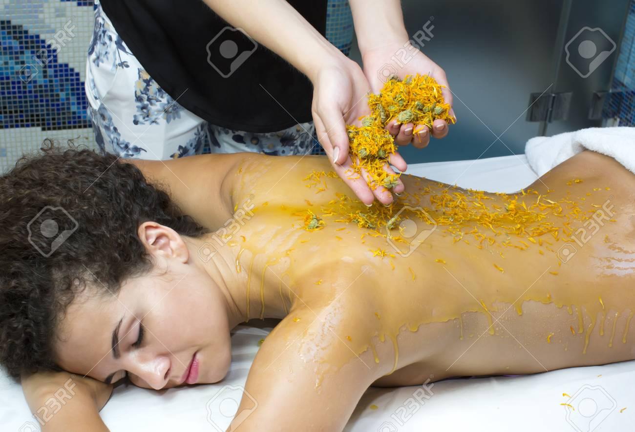 Honey massage 27