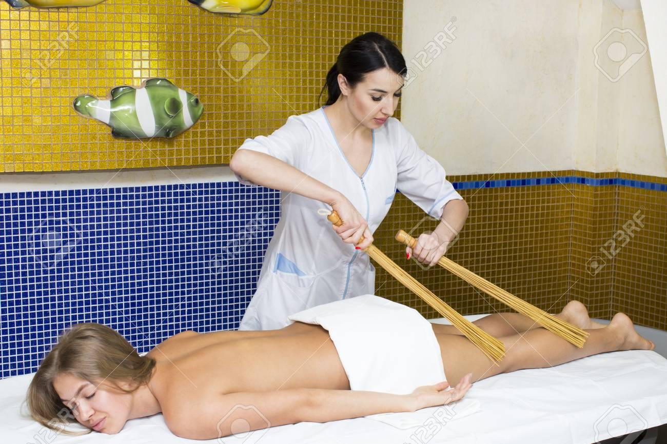 sexe Japon massage noir lesbienne clitoris