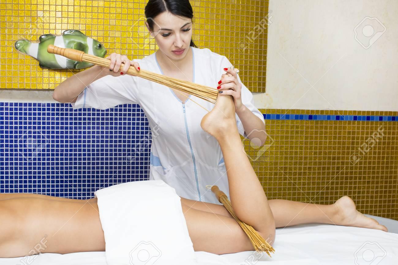 jappanees-massage-barbora-squirt