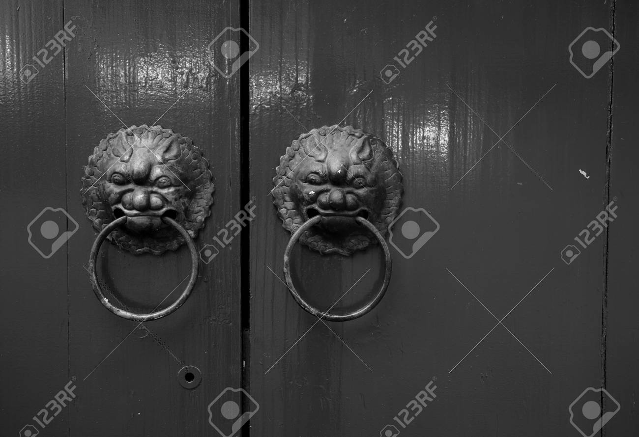 antique oriental door knocker Stock Photo - 6267964