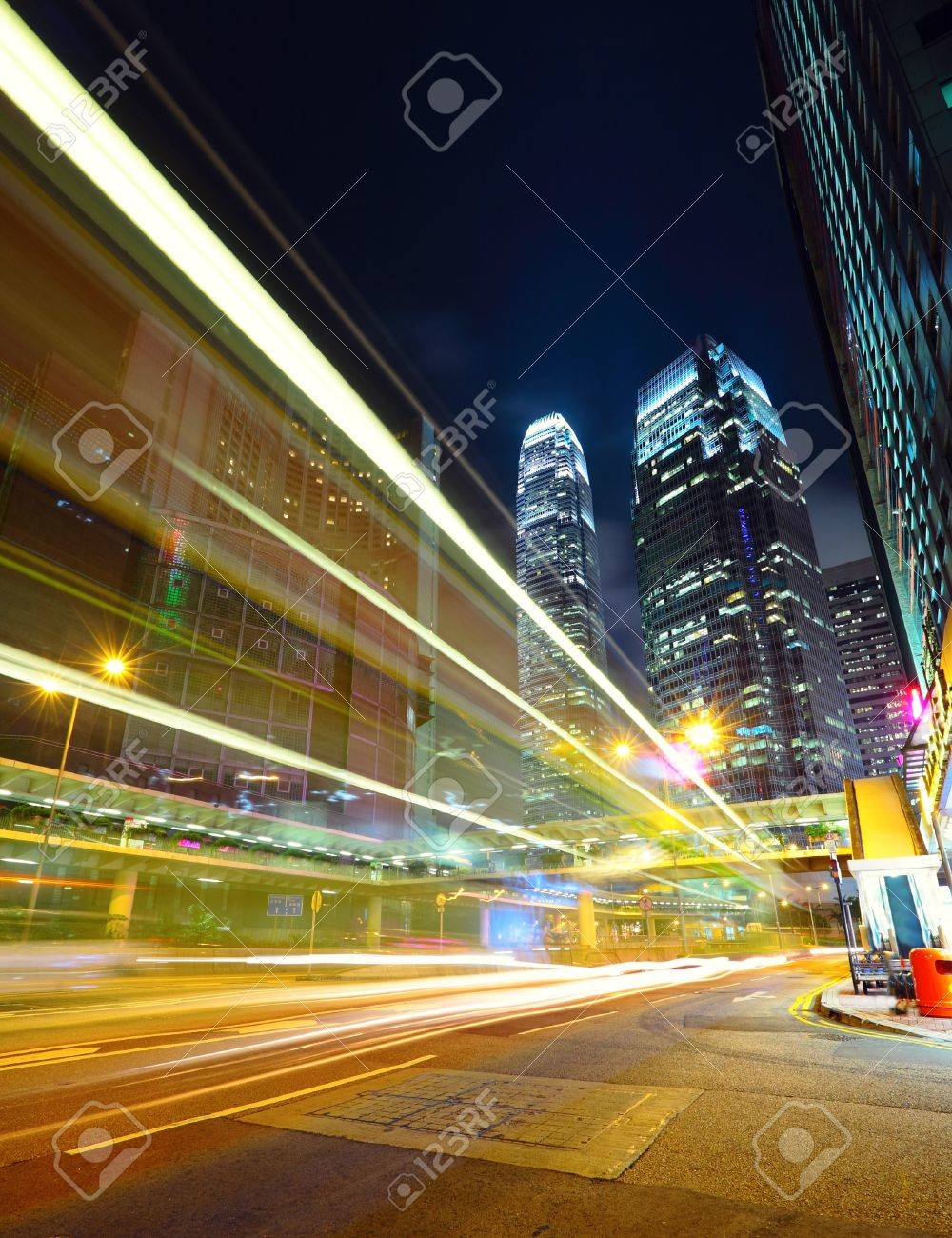 traffic in city at night Stock Photo - 10162838