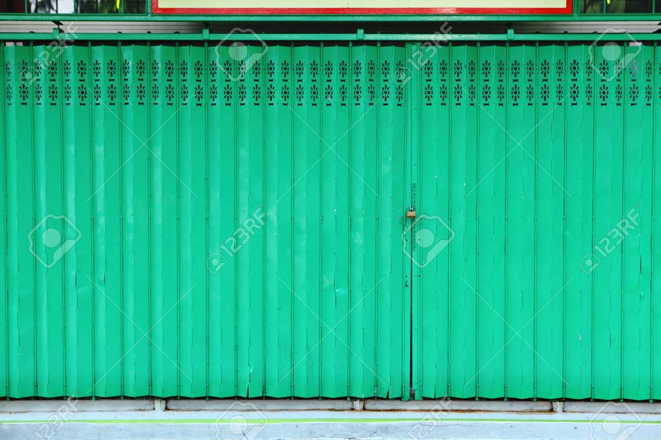 green metallic door Stock Photo - 15309021
