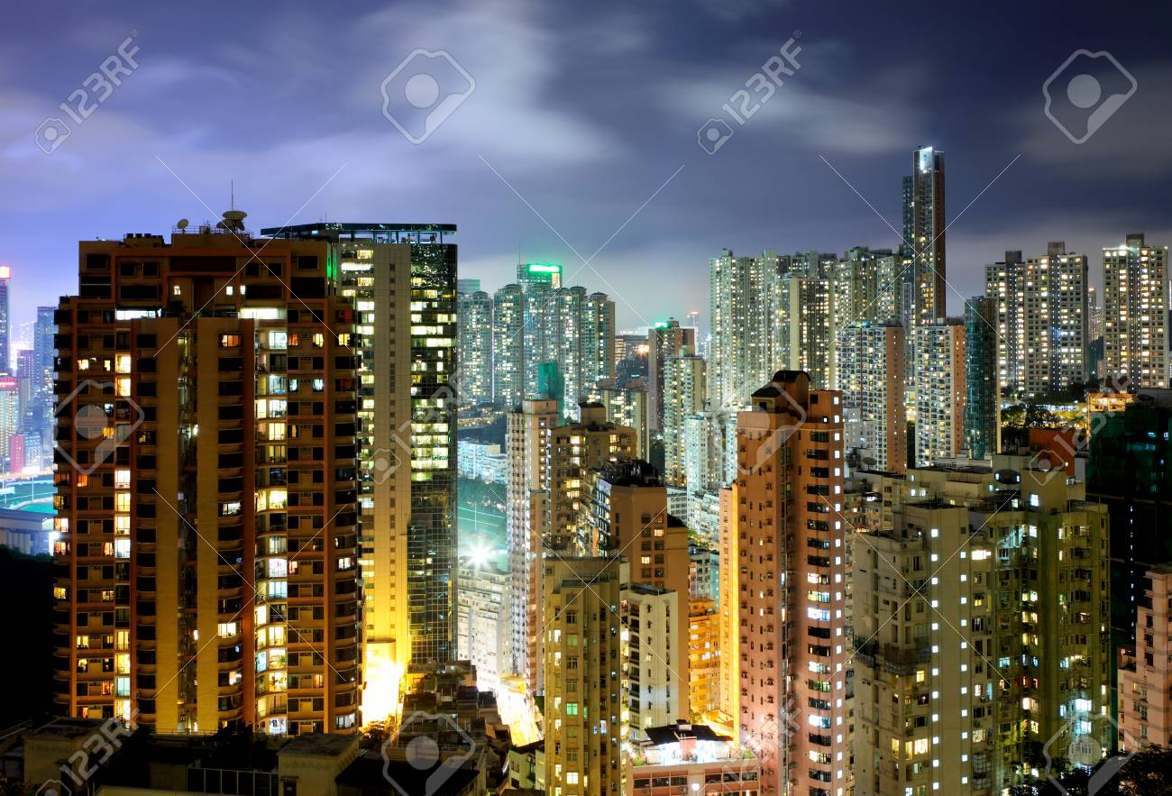 Residential building at night Stock Photo - 19901962