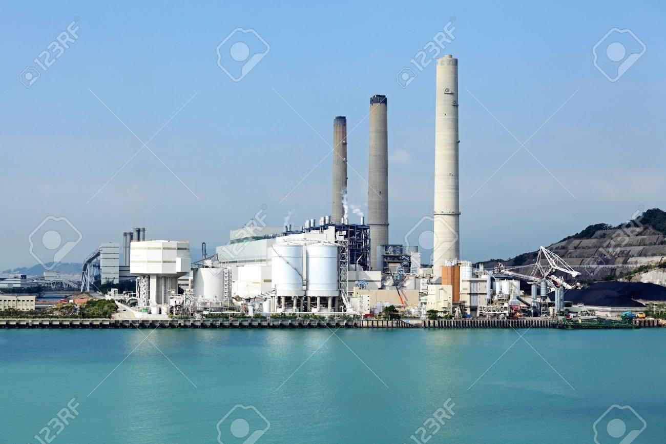 Electric power plant Stock Photo - 20279504
