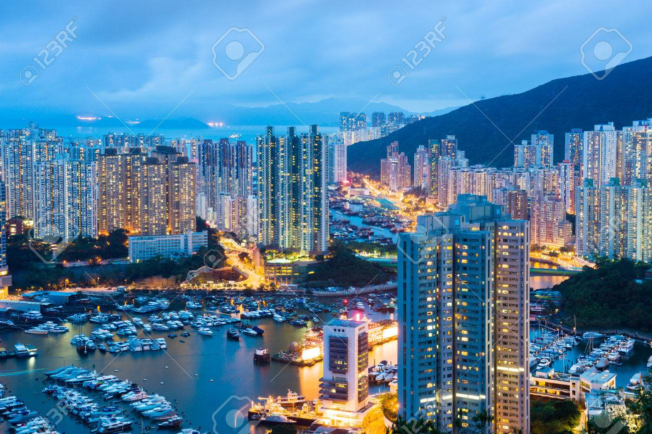 Aberdeen typhoon shelter in Hong Kong at night Stock Photo - 29256375