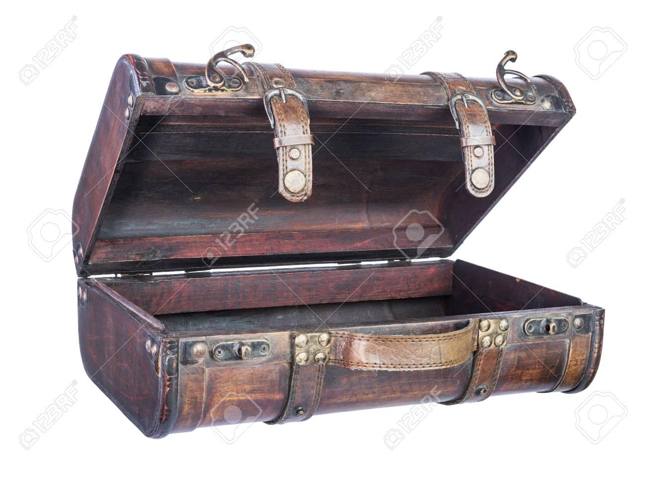 valise en bois Banque du0027images - Valise en bois rétro isolé sur fond blanc