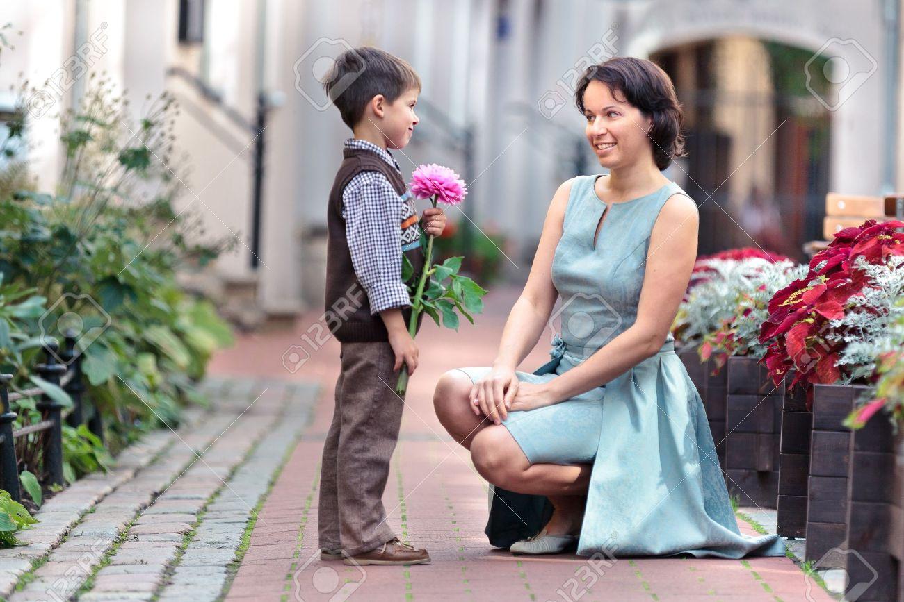 Син їбесі з мамою 24 фотография