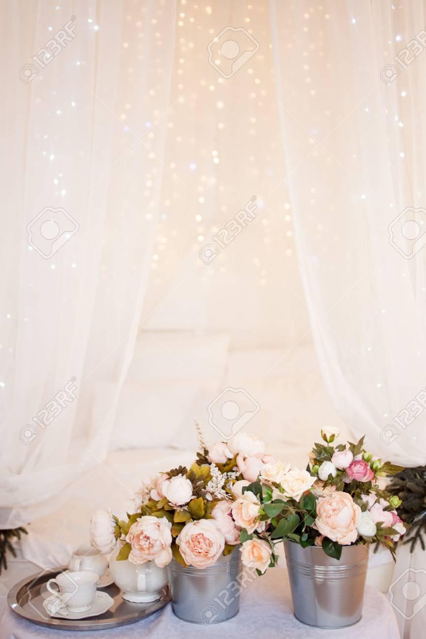 Strausse Aus Blumen Im Schlafzimmer Innenausstattung Romantisches