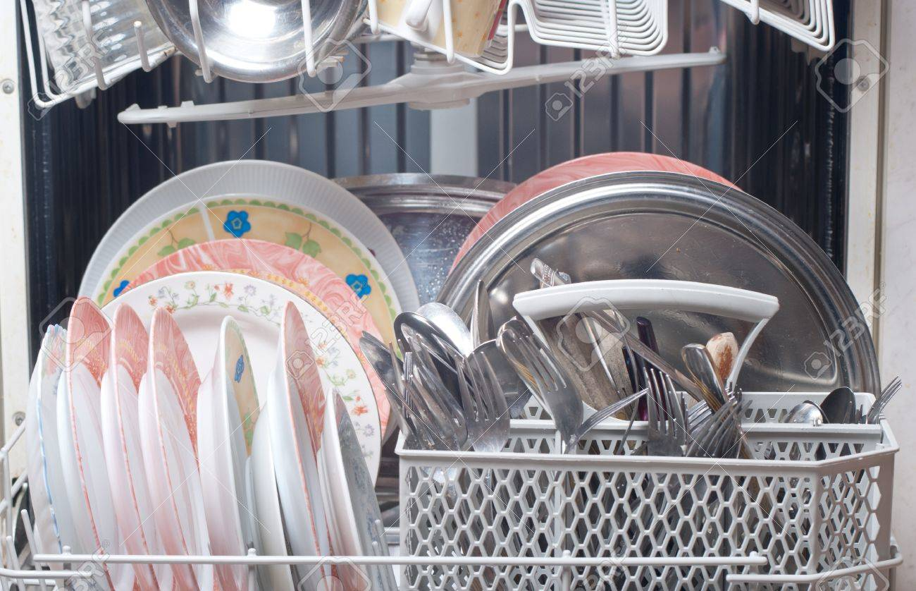 dirty dishes in the dishwasher Stock Photo - 11767001