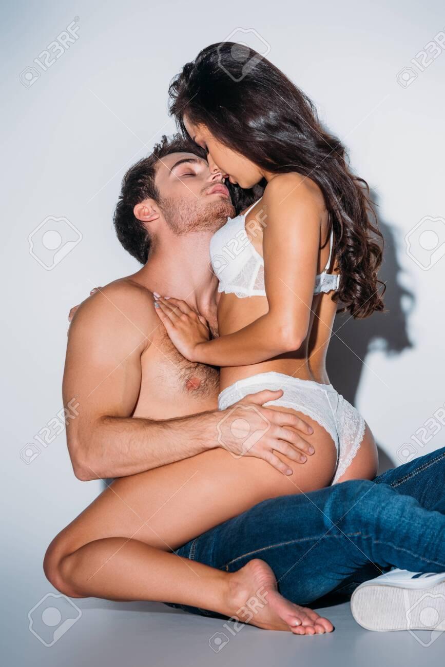 Hot Girl Kissing Lesbian