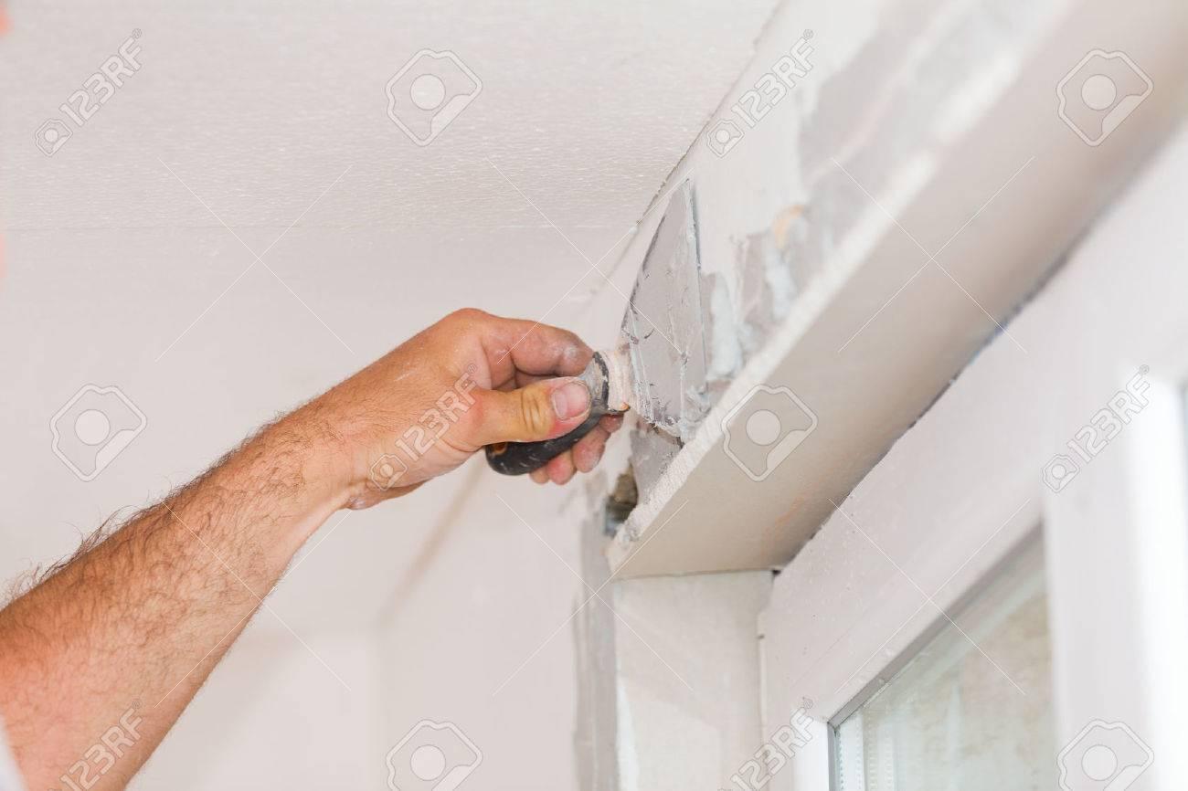 handyman finishing wände mit entrahmter beschichtungsmaterial