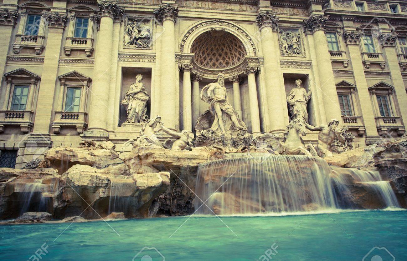 Fontana di Trevi - the famous Trevi fountain in Rome, Italy Stock Photo - 9795491