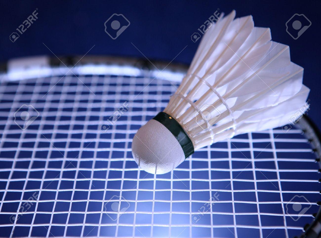 badminton report バドミントン活動報告(bar(badminton action report)) has 5,049 members バドミントン活動(バド活)楽しんでますか。 このグループを通じて、喜怒哀楽、様々な情報を共有し、皆さんでバドミントンを盛り上げていきましょう.