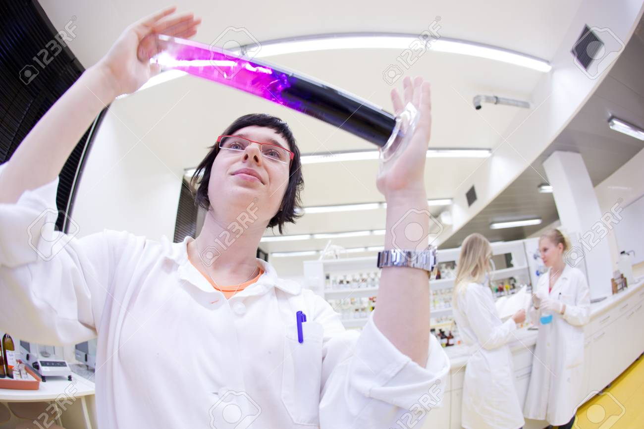 portrait of a female researcher carrying out research in a chemistry lab Stock Photo - 9925967