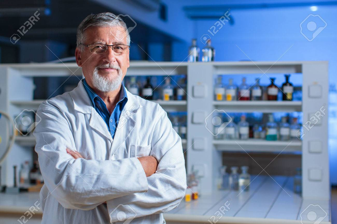 Senior chemistry professor/doctor in a lab (color toned image) - 60593012