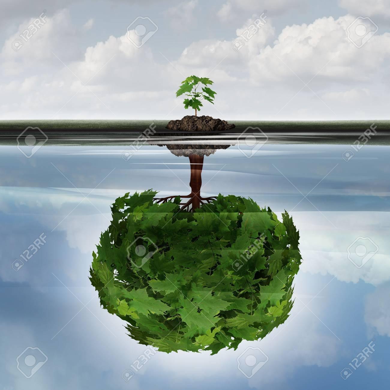 Potenzielle Erfolgskonzept als Symbol für Aspiration Philosophie Idee und entschlossen, Wachstum Motivation Symbol als kleiner junge sappling eine Reflexion eines reifen großen Baum im Wasser mit 3D-Darstellung Elemente zu machen. Standard-Bild - 63825900