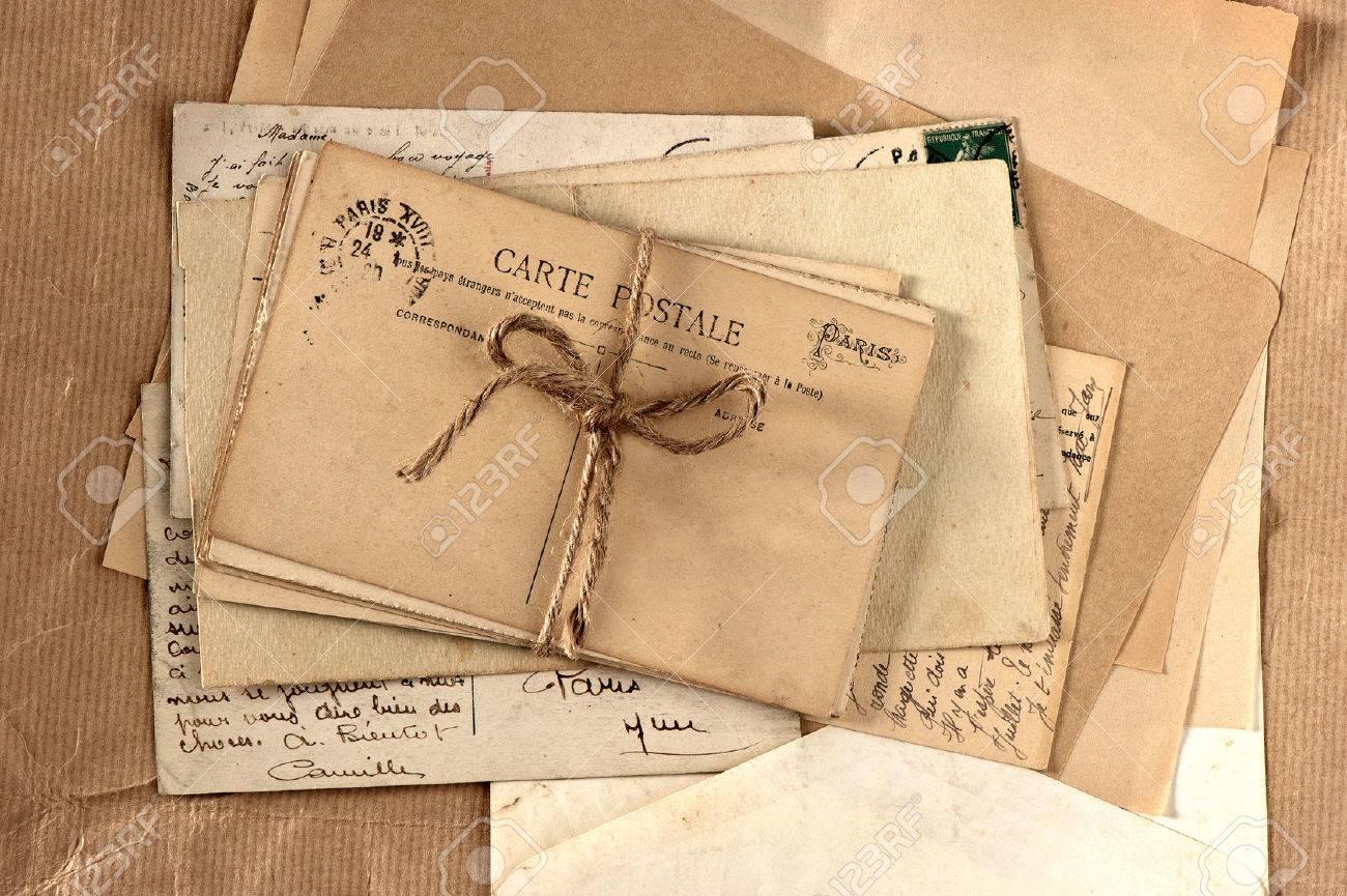 Alte Briefe Und Französisch Postkarten Vintage Hintergrund